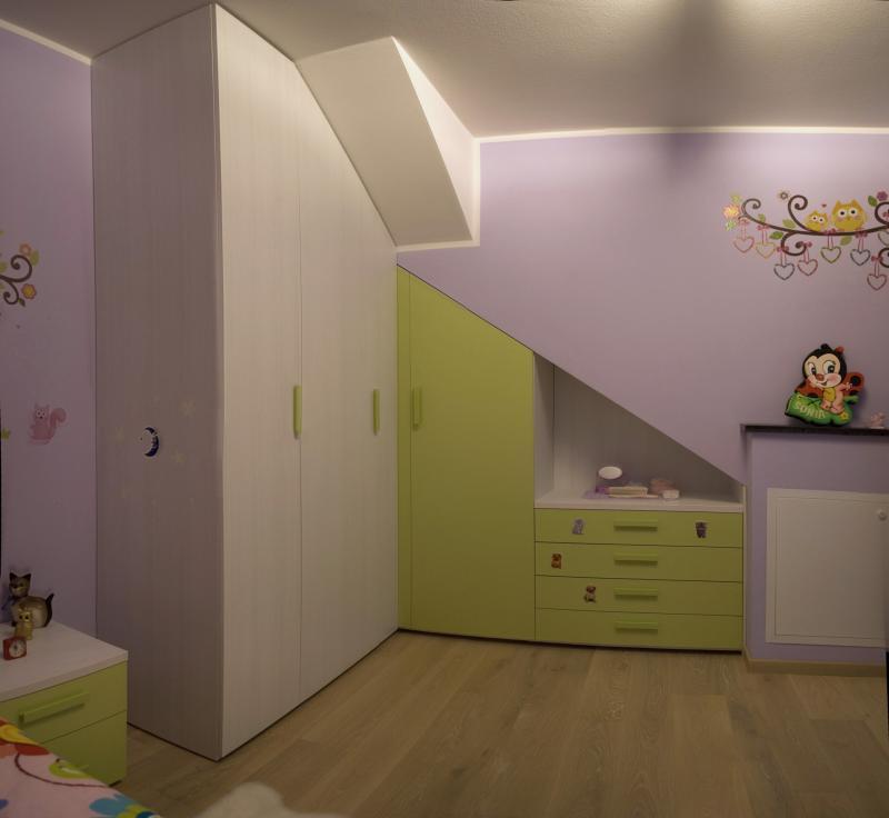 armadio su misura con cassettiera e zona a giorno
