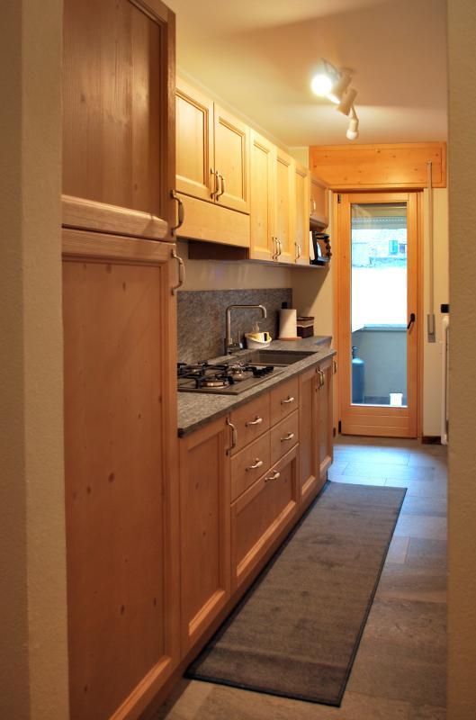 Cucina in legno arredo facile srl - Soluzioni arredo cucina ...